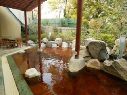 11.庭の湯