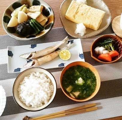 s-逃げ恥7話の夕食
